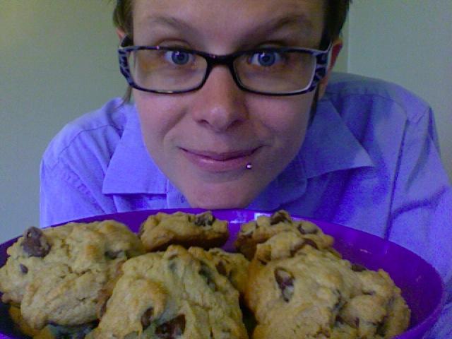 Beth Mattson bakes cookies